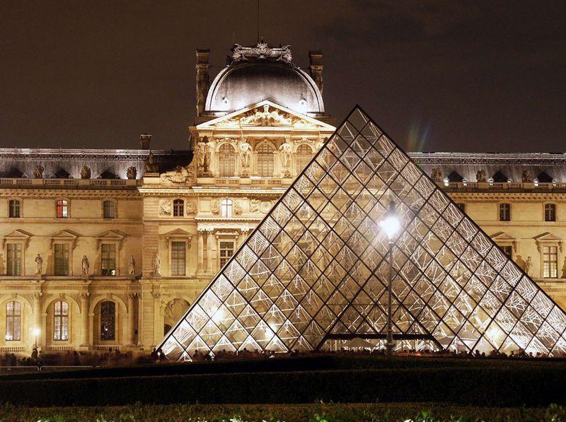 louvre_pyramide