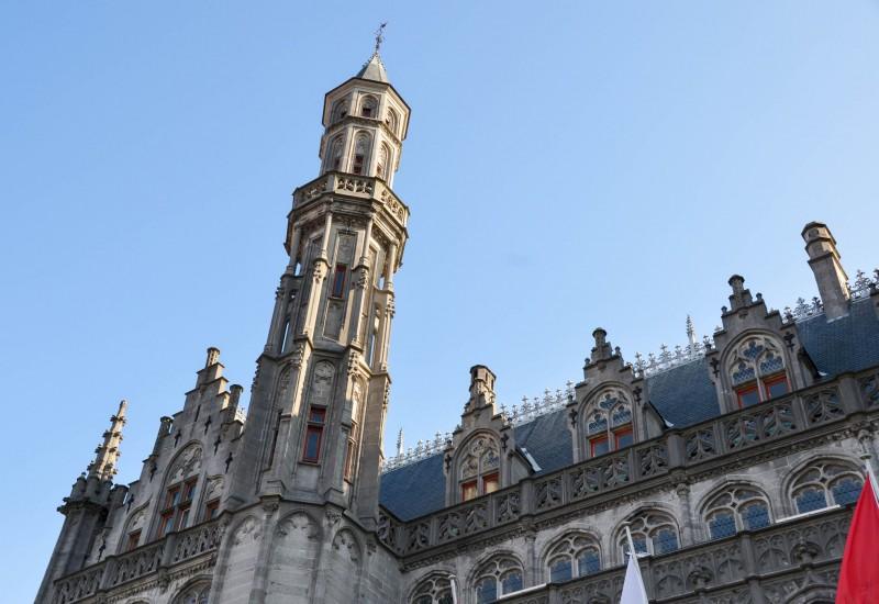 Place du MArche Burges