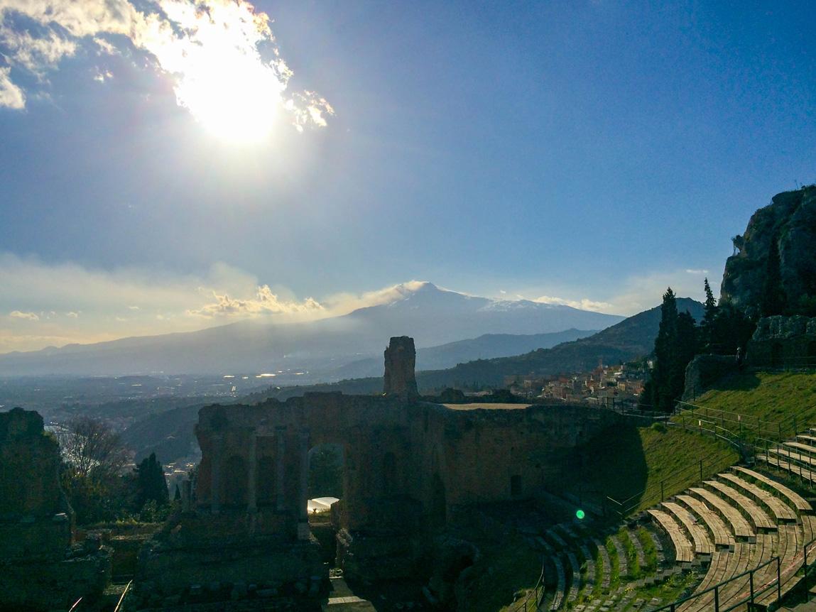 Etna-theatre-de-Taormina