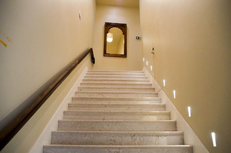 Escalier - Santiago de alfama Lisbonne