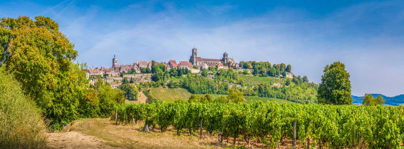http://blogvoyages.fr/wp-content/uploads/2017/09/Vezelay.jpg