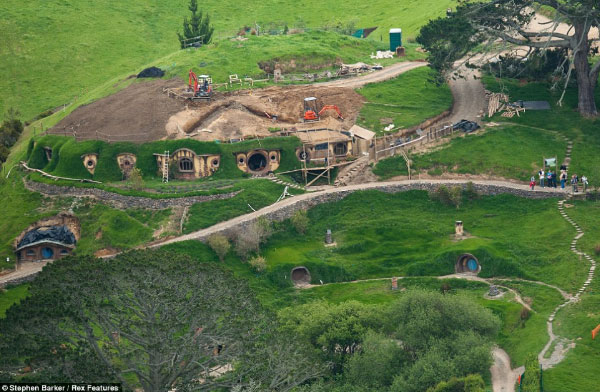 construction-hobbiton