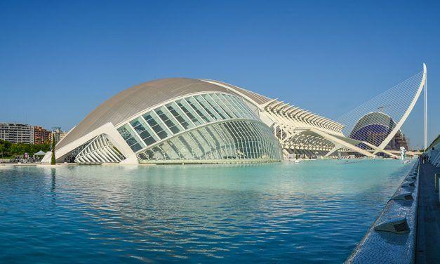Visiter la cité des arts et des sciences de Valence
