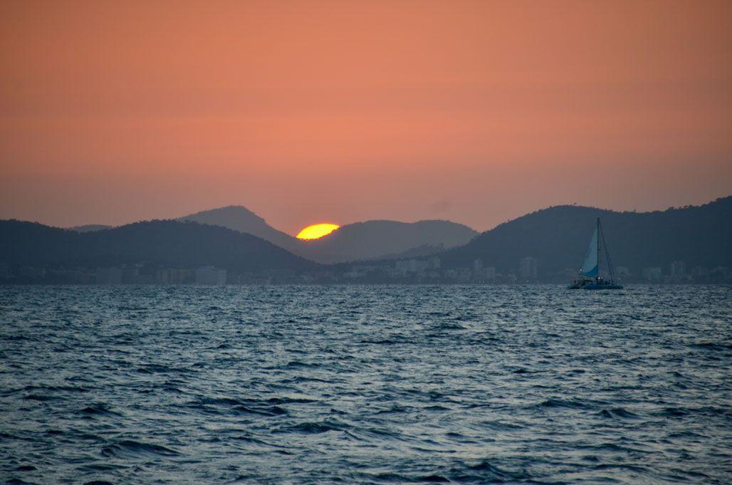 sortie en catamaran coucher de soleil majorque