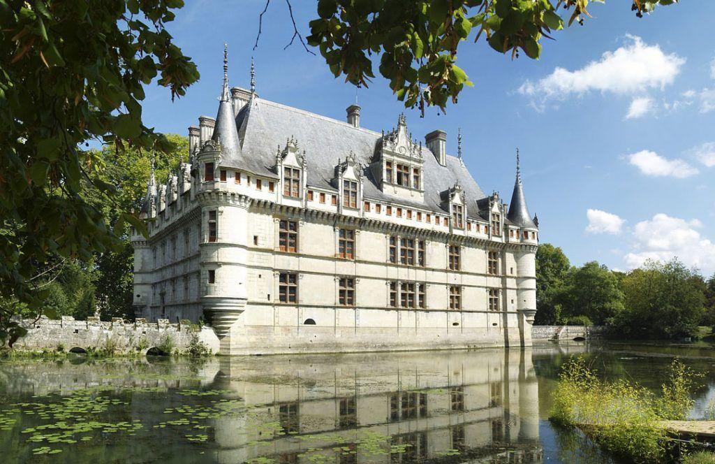 chateau-dazay-le-rideau