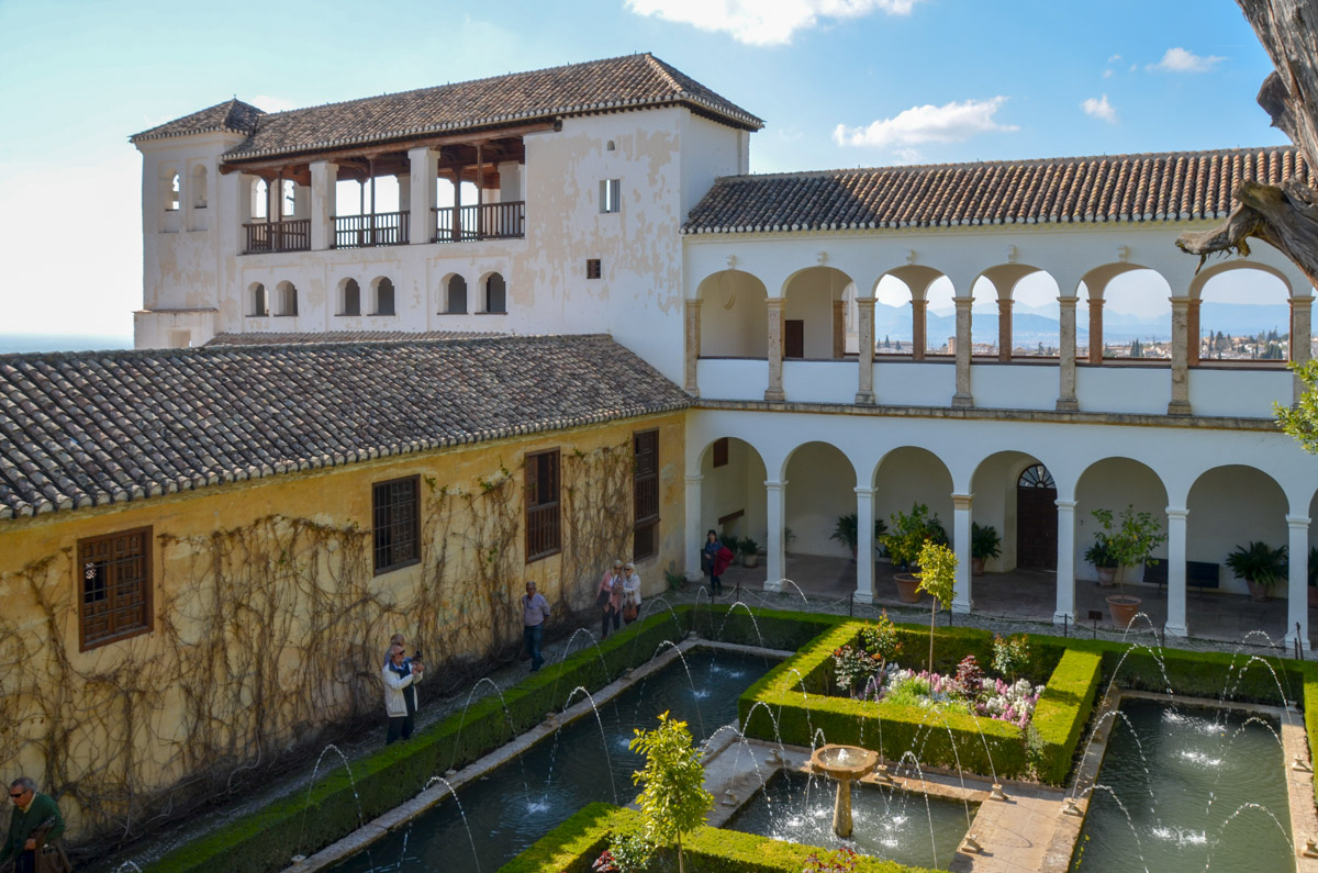 Generalife-Patio-Sultan