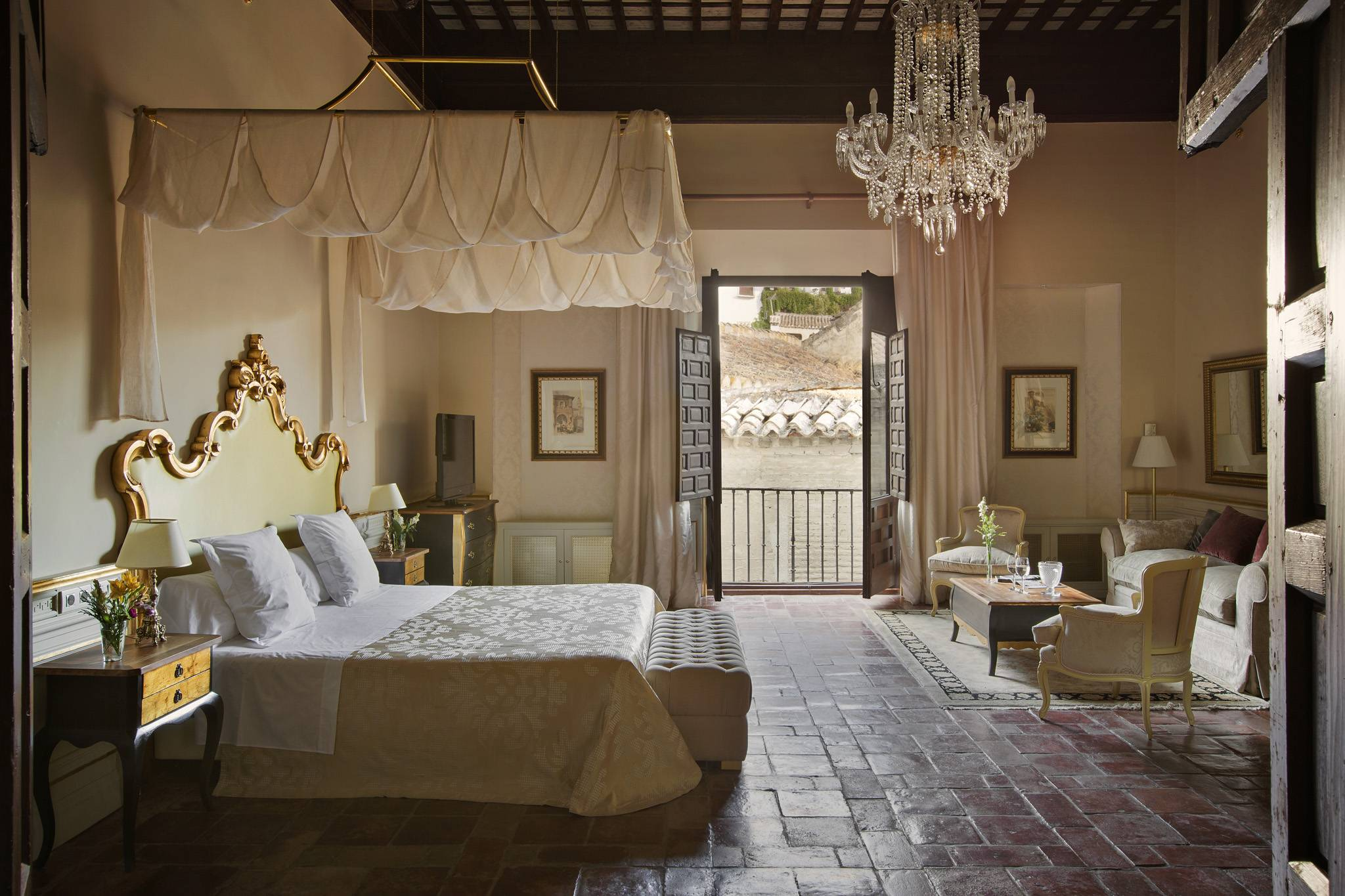 hotelcasa1800granada