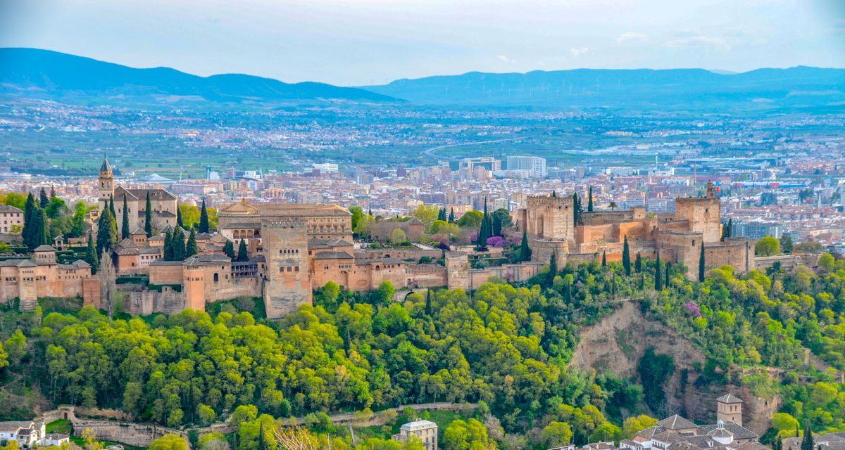 Visiter l'Alhambra de Grenade : Visite guidée et billets d'entrée