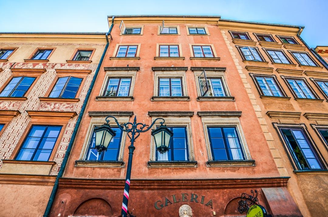 facade-place-varsovie