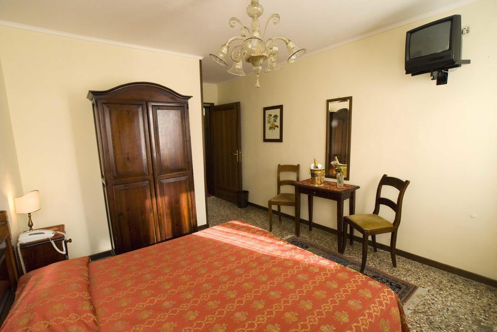 hotel-tivoli-venise