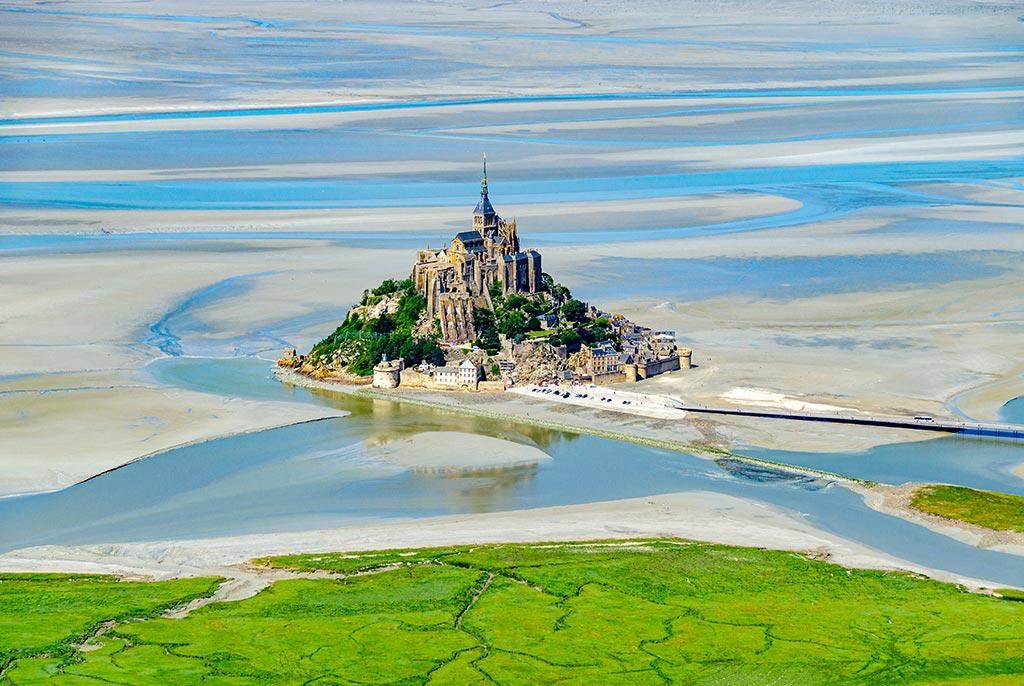 Que faire en Normandie Mt St Michel Vue Du Ciel