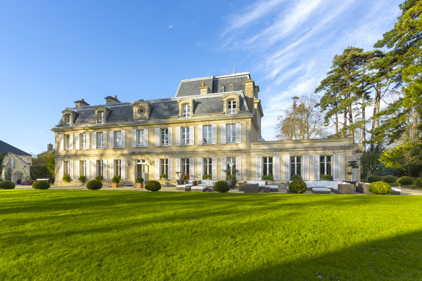 chateau-cheneviere