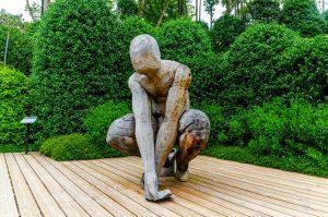jardin-etretat-sculpture-bois