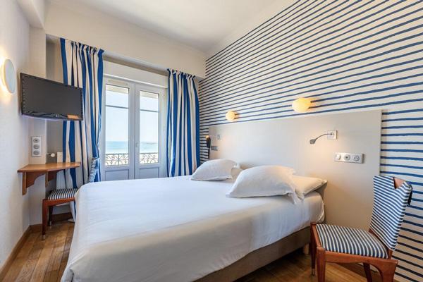 Kyriad Saint-Malo Centre Plage