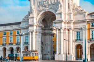Lisbonne-Place-Commerce