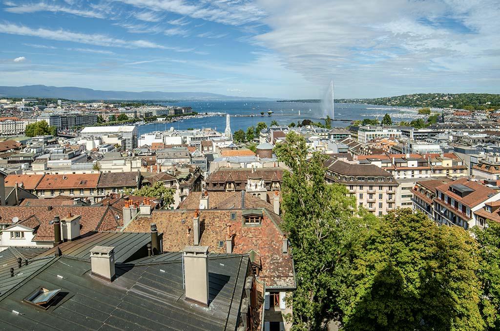 Vue Genève Lac Léman Cathédrale