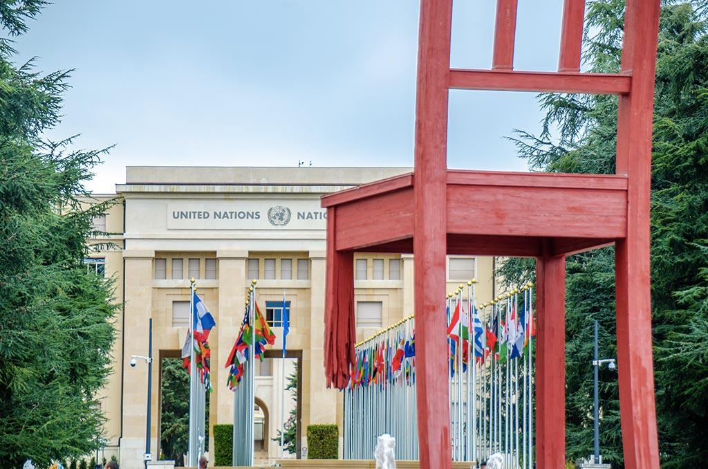 Visiter Genève - Broken Chair ONU
