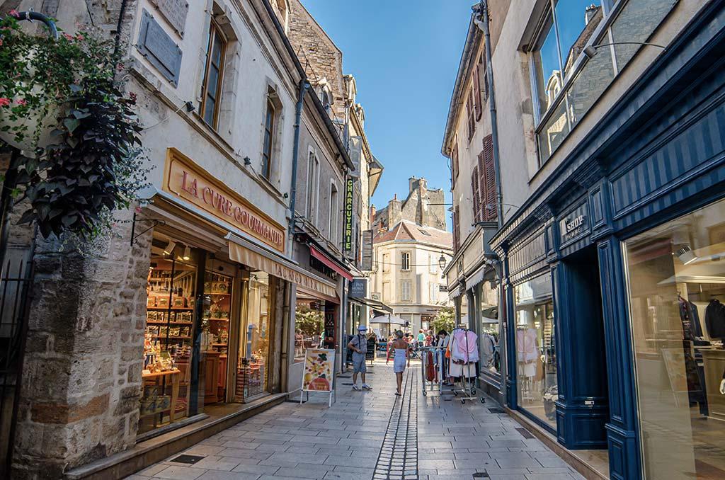 Visiter Beaune - Rue piétonne
