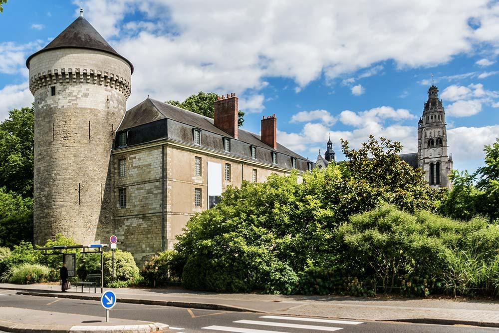 Visiter Tours - Château