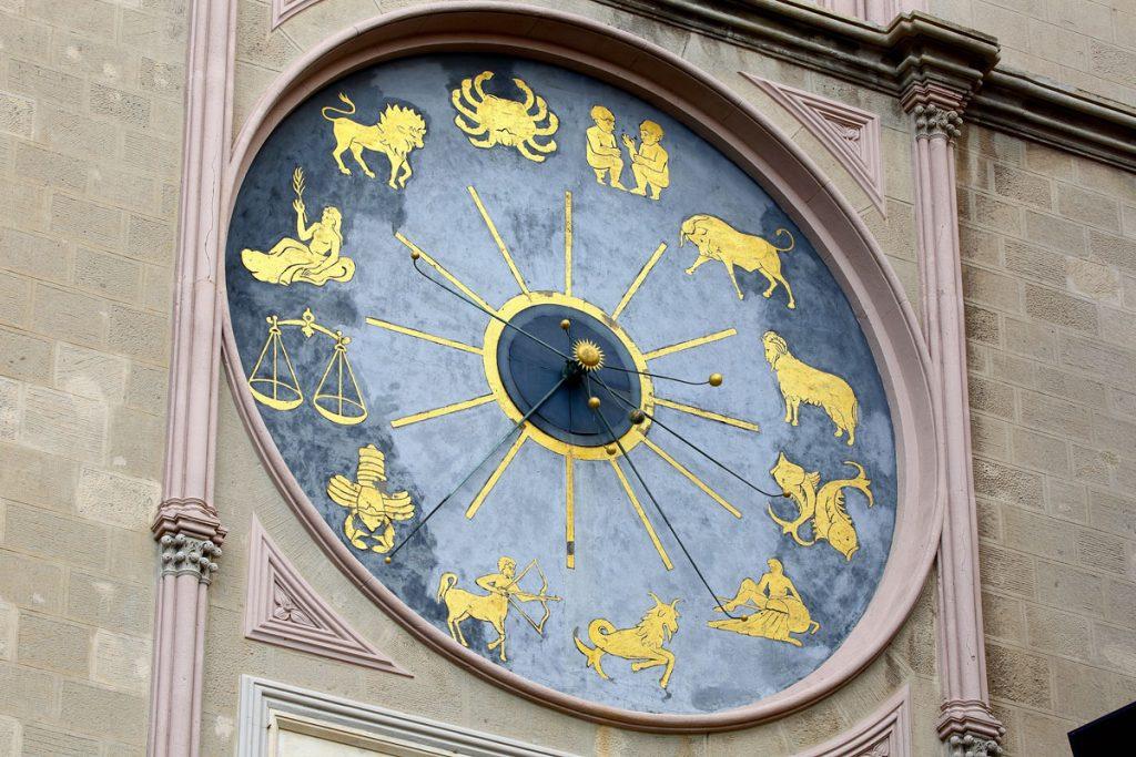 messine-horloge-astronomique